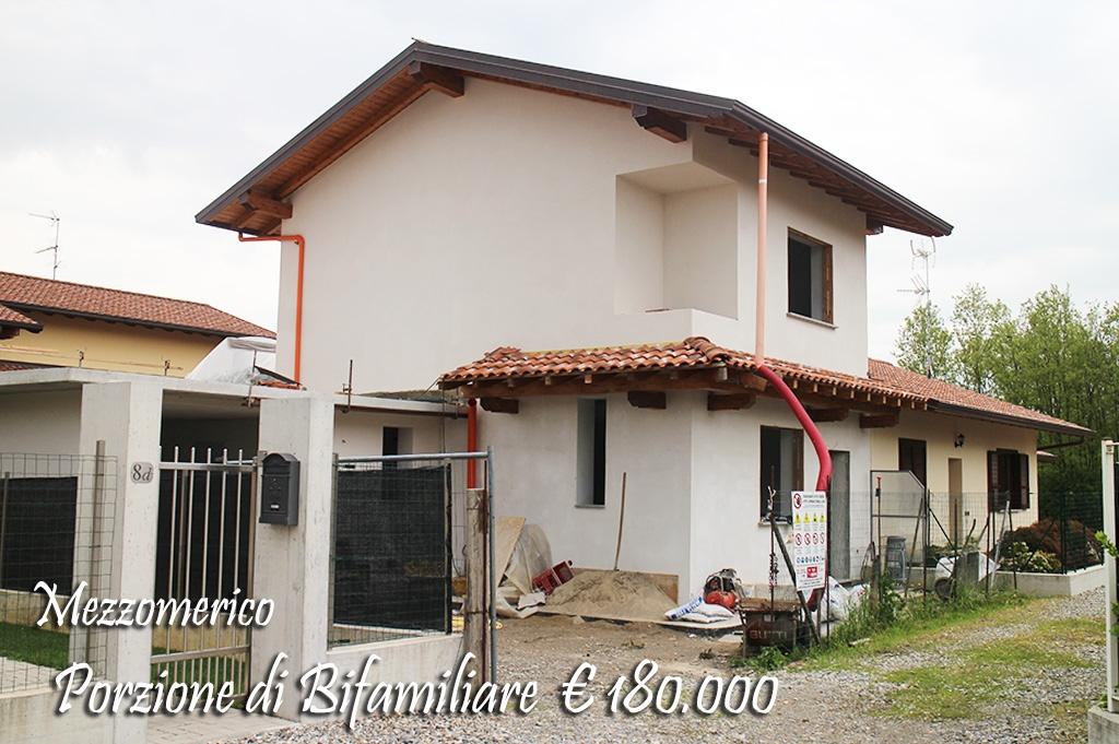 Villa bifamiliare Mezzomerico