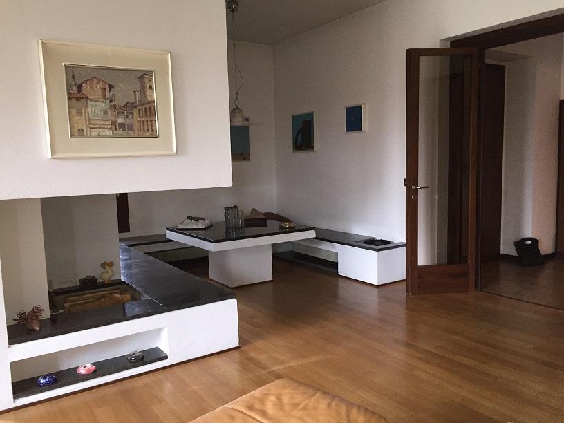 Appartamento in villa singola Oleggio